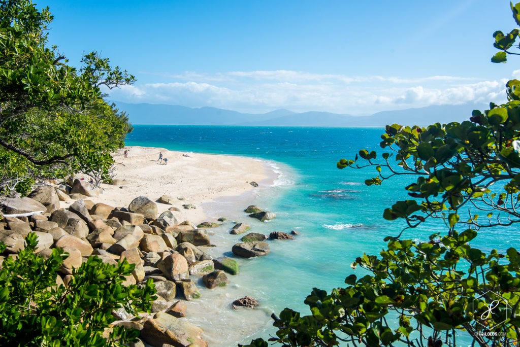 Tourism-Tropical-North-Queensland-PFHnoeEe6StYw6H (1)