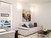 Lounge Area - Grand Mercure Rockford Esplanade Apartments Palm Cove