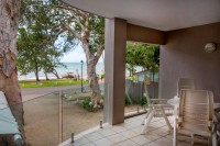 602 Yasmin - Upper level balcony views