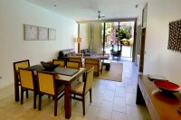 Private let holiday apartment Swimout Apartment in the Sea Temple Resort complex in Palm Cove