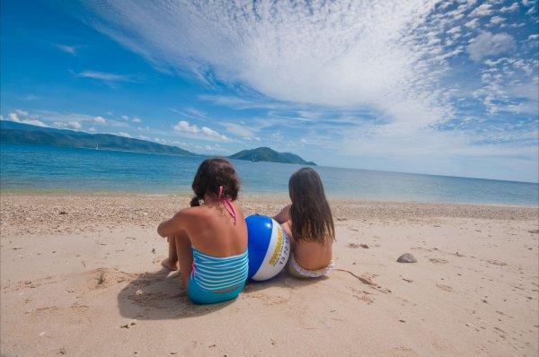 Dunk Island Holidays: Tropical North Queensland