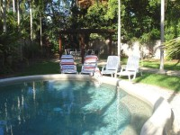 Relax by the Pool - Palm Cove Holiday Villa