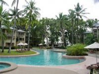 Large Swimming Pool - Private Holiday Apartment Palm Cove