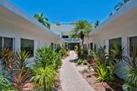 Garden Path to Garden Studios & Hotel Room - Sarayi Boutique Hotel Palm Cove