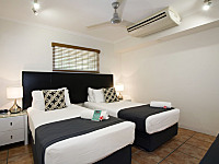 Twin Room or King Size Beds available in all rooms at Paradise on the Beach Palm Cove