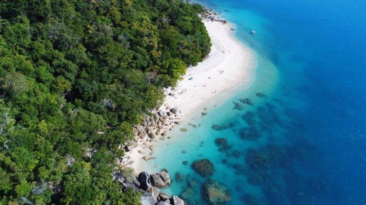 Fitzroy Island Resort 3 Night Package | Transfers, Breakfast, Wine & More