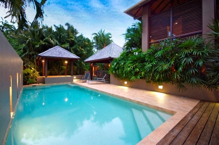 5 Bedroom Port Douglas Luxury Holiday Home with Pool - 50m to Beach FREE NIGHT OFFER