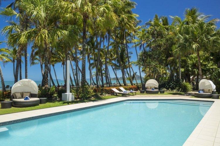 Palm Cove Beach Front Alamanda Resort 5 Night Package