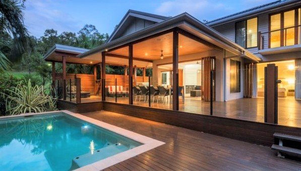 2021 SALE - SAVE UP TO 28% Private 3 or 4 Bedroom Holiday Home Palm Cove