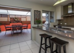 1 Bedroom Holiday Apartment - Cairns City Apartments