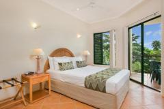 1 Bedroom Apartment Bedroom - Tropic Towers Apartments Cairns