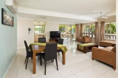 1 Bedroom Apartment Dining at Mantra Amphora Resort Palm Cove