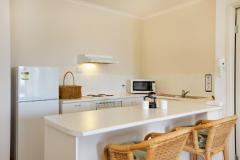 1 Bedroom Apartment Kitchen - Tropic Towers Apartments Cairns
