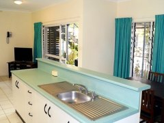 1 Bedroom Apartment Kitchen At the Mango Tree Port Douglas Holiday Apartments