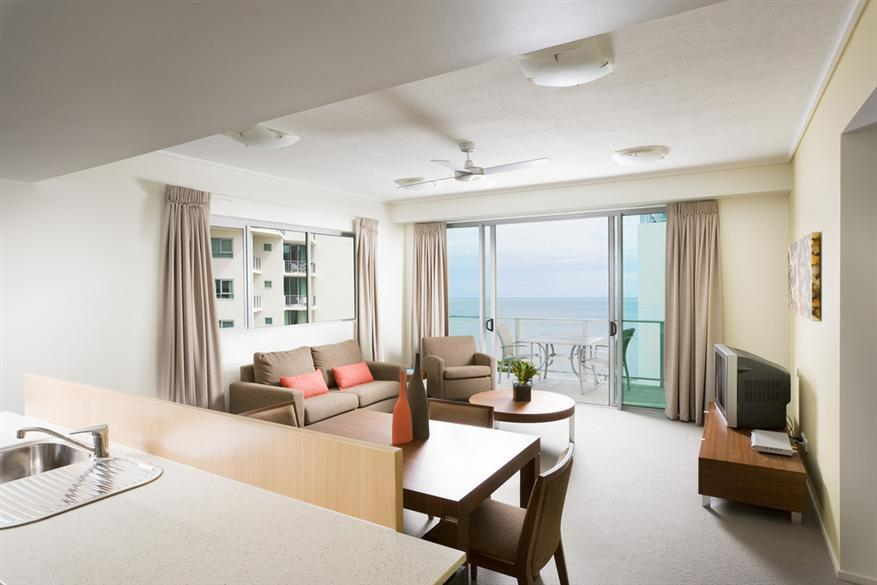1 Bedroom Apartment   Mantra Trilogy Cairns. Cairns Apartments   Mantra Trilogy   Cairns Esplanade Resort