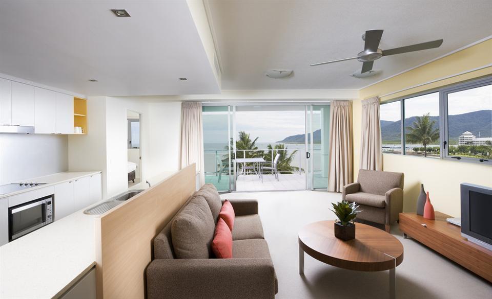 ... Ocean View Apartments   Mantra Trilogy ...