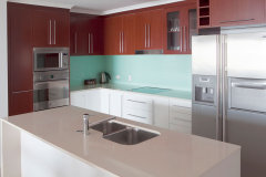 Fully Self Contained Kitchen Facilities in all Apartments - Cairns Esplanade Apartments