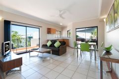 1 Bedroom Spa with private Rooftop Jacuzzi - Port Douglas