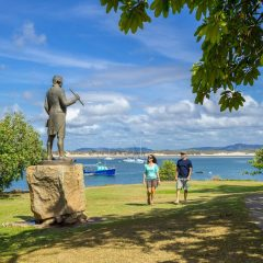 1 Day Cooktown 4WD Adventure | Drive/Fly | Cooktown Captain Cook Statue