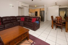 Cairns 2 Bedroom Holiday Apartment - Cairns City Central