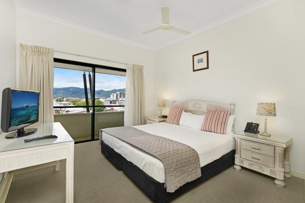 Cairns Accommodation | Esplanade Resort Cairns - Best ...