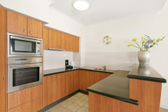 2 Bedroom Apartment Kitchen - Mantra Esplanade Cairns