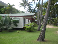 2 Bedroom Bungalow - Ellis Beachfront Bungalows