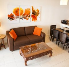 2 Bedroom Direct Access Coral Apartment