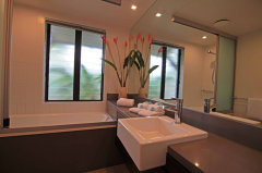 Resort Private 2 Bedroom Swimout Bathroom - Port Douglas holiday Apartments