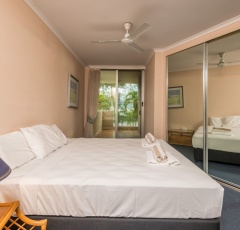 2nd Bedroom - Paringa Holiday Apartment Palm Cove