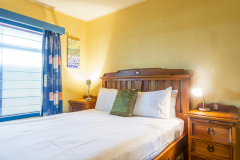 2nd Queen Bedroom - Clifton Beach Holiday House