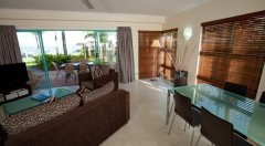 3 Bedroom Apartment - Spacious Living Area