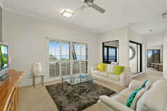 3 Bedroom Ocean View Apartment - Mantra Esplanade Cairns