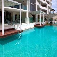 3 Bedroom Swimout Apartment overlooking Cairns Esplanade