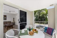 3 Bedroom Townhouse Balcony - Palm Cove Family Accommodation