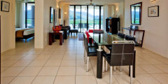 3 Bedroom Water View Apartment - Piermonde Holiday Apartments Cairns