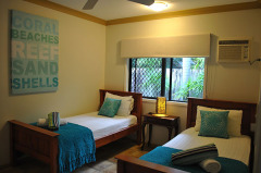 3rd Bedroom at Villa Blue - Palm Cove Holiday House