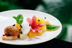 6 Night Cairns Reef & Daintree Gourmet Package