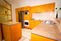 607 Juniper - Kitchen