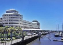 Shangri-La Hotel Marina Cairns | On The Waterfront | Ideal Location For New Years Eve 2015
