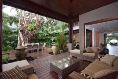 Beachfront Holiday Home Port Douglas - 26BM