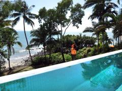 Beachfront Holiday Home Port Douglas - 17WS