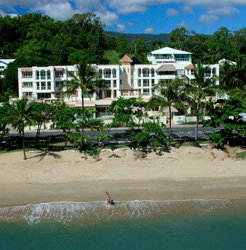 Cairns Beaches Absolute Beachfront Resorts and Accommodation by Cairns Holiday Specialists