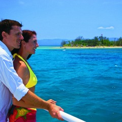 Enjoy a fantastic day on a Great Barrier Reef island