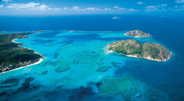 Cape York Tours | Aerial view of Lizard Island on the Great Barrier Reef in Australia