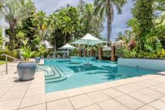 1 or 3 Swimming Pools | Alamanda Palm Cove Private Apartment