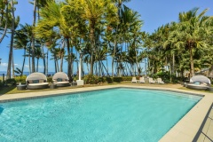 Beachfront Swimming Pool | Alamanda Palm Cove Private Apartment