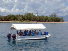 Aquarius Great Barrier Reef Island Tour