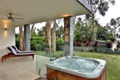 Argentea Beach House - Relax by the Spa and enjoy the tranquility