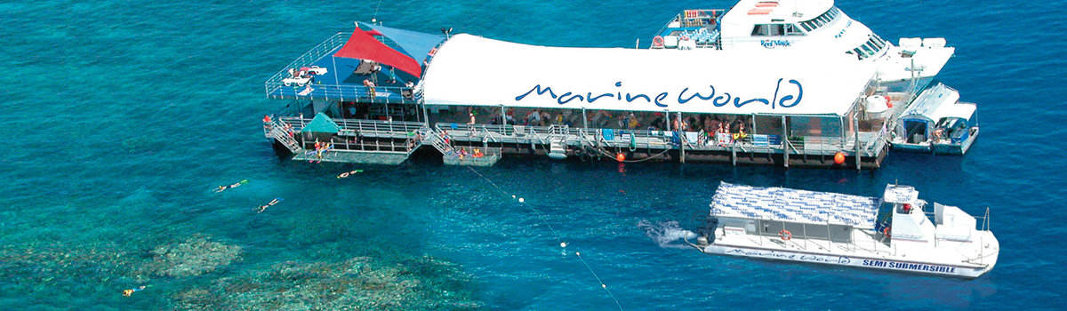 Ariel view Reef Magic Cruises boat and stable platform